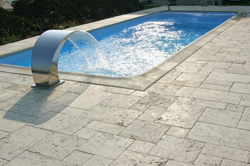 Fibrex produc tor piscine din fibr de sticl brasov for Piscine ingropate