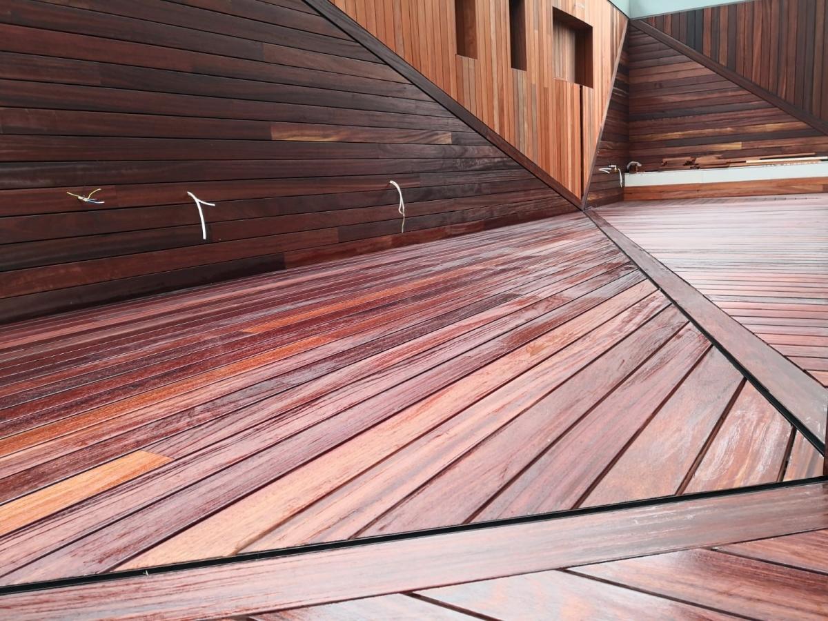 Lambriuri terasă
