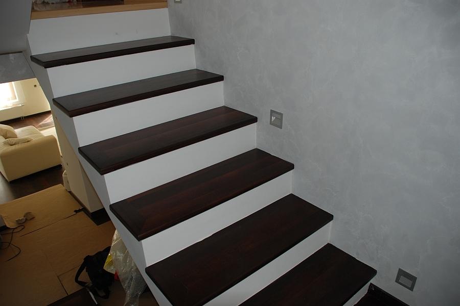 Pardoseala exterior lemn - deck