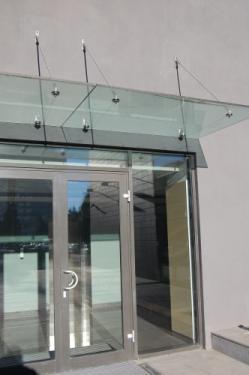 Sistem prindere balustradă sticlă fără montanți Brasov