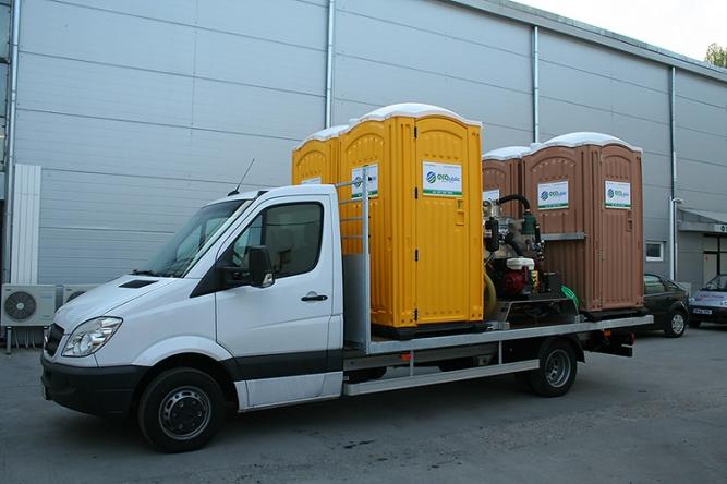 Închiriere și transport toalete ecologice