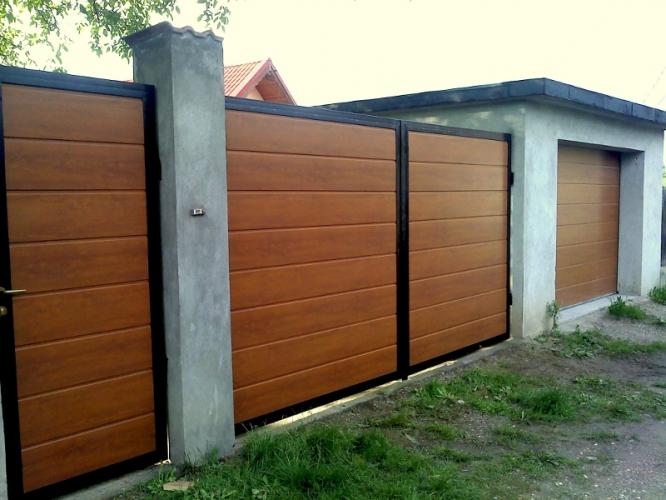 Montaj cadre pentru uși batante și ușă pietonală