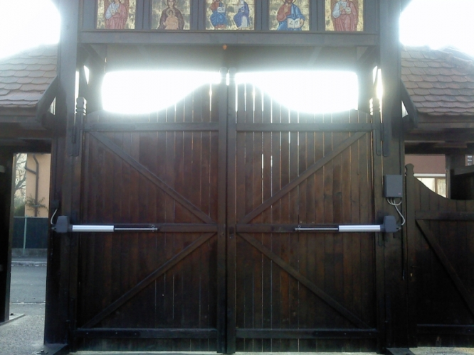 Uși batante Hormann Rotamatic