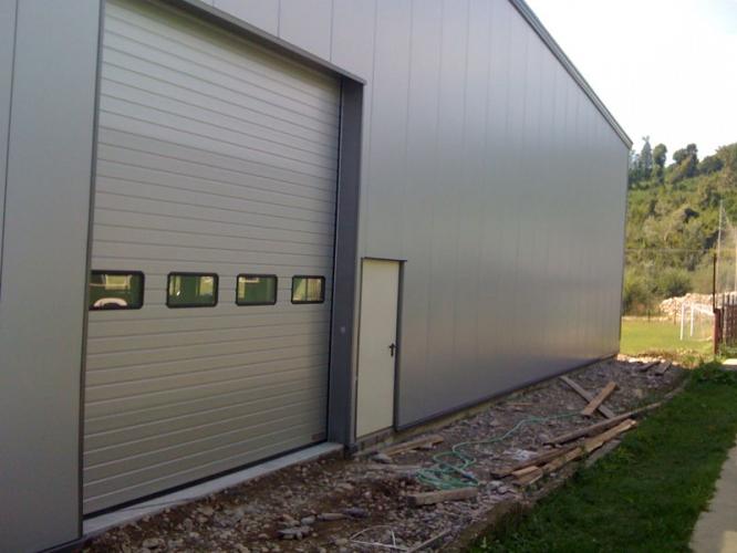 Uși industriale și rezidențiale Hormann