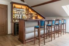 Ansamblu home bar