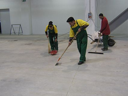 Curățenie după lucrări de construcție