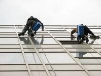 Spălare geamuri și fațade