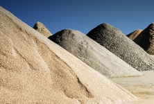 Nisipuri si pietrisuri cuartoase si caolinoase