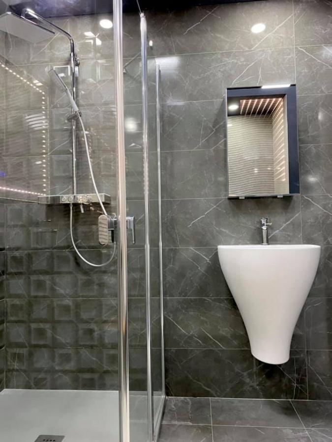 Placi Wedi pentru spatii sanitare