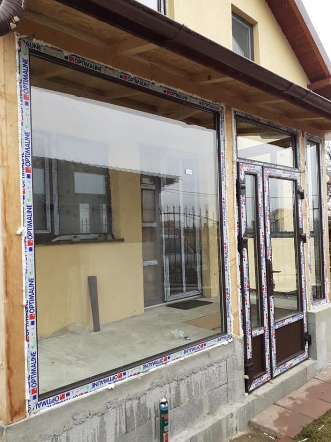 Tamplarue PVC pentru geamuri