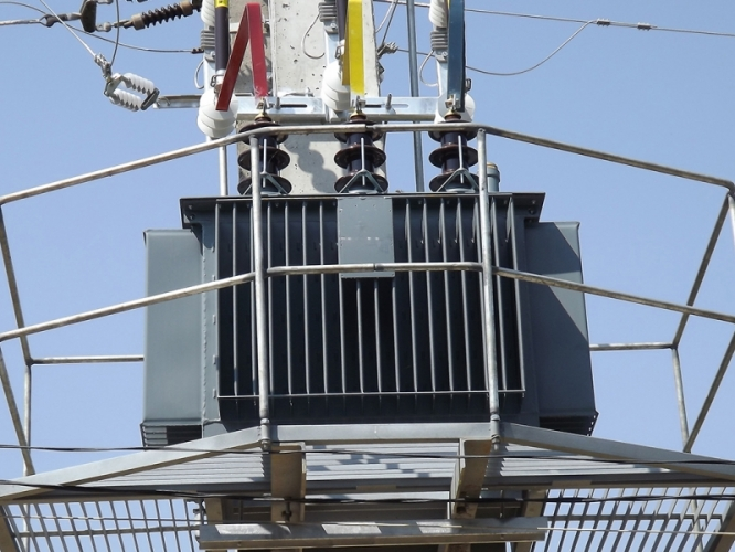 Servicii retele si instalatii electrice